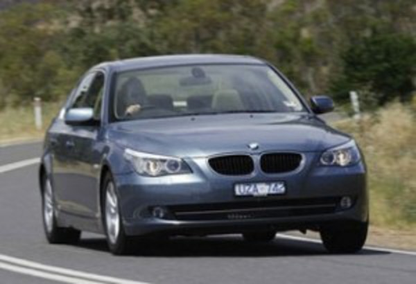 bmw 520. The BMW 5 Series is a mid-size / executive car manufactured by BMW
