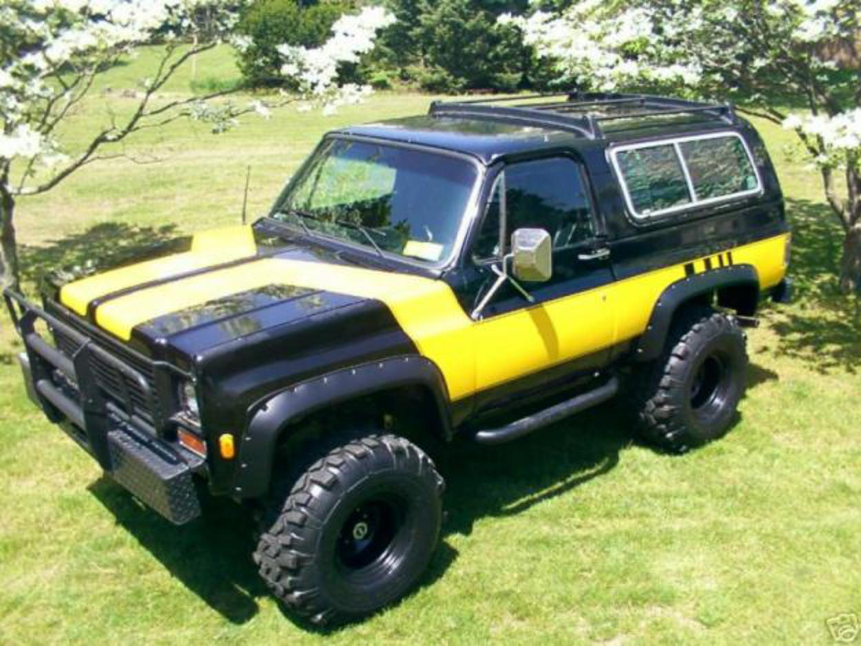 Topworldauto Photos Of Chevrolet Blazer K5 Photo Galleries 1983 Black