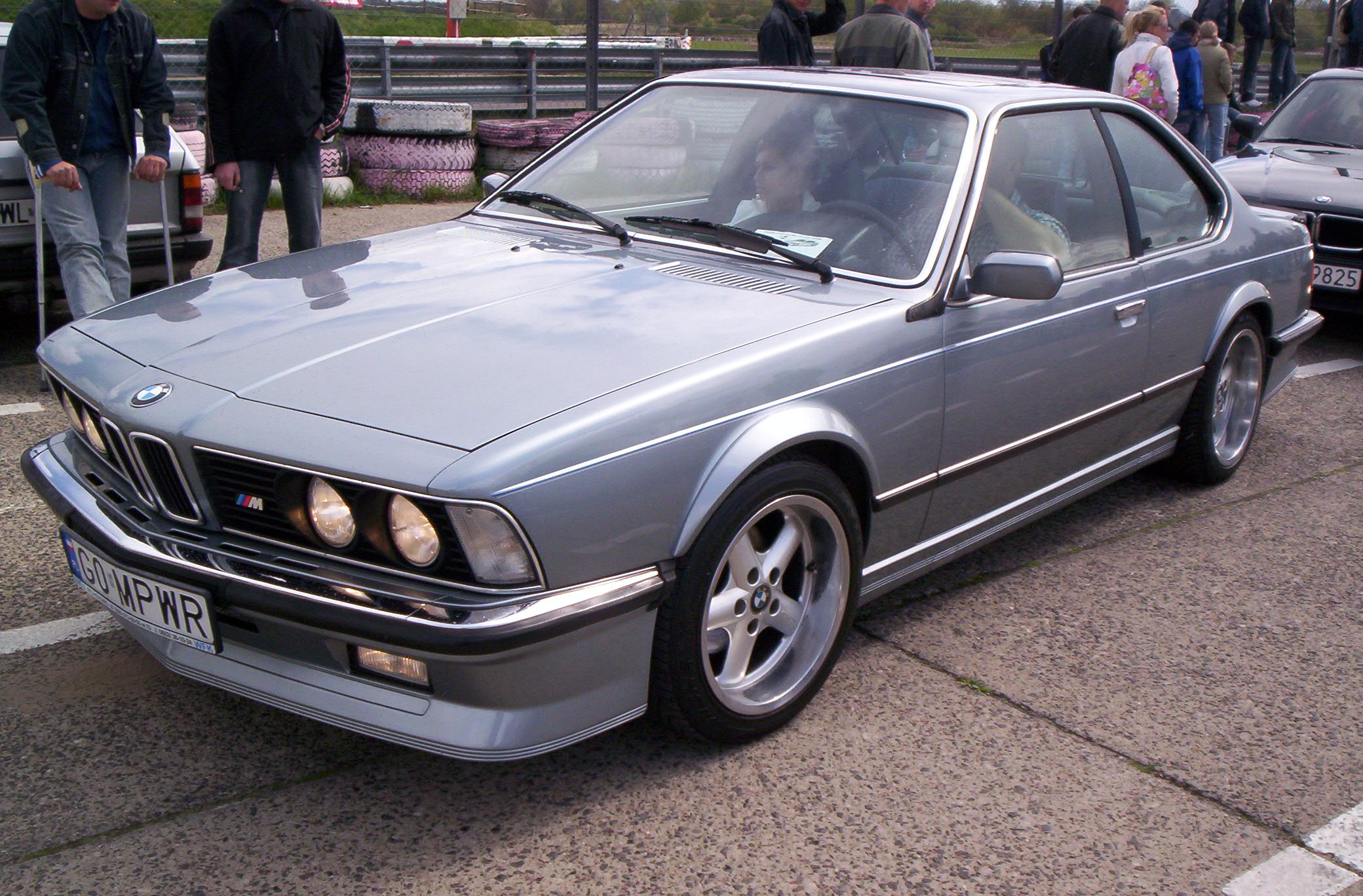 File:BMW M635CSi PL.jpg
