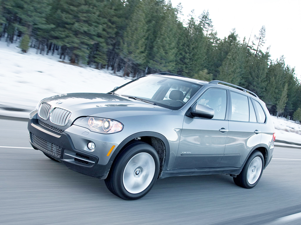 To drive a BMW X5 is like a dream come true. A superlative engine.
