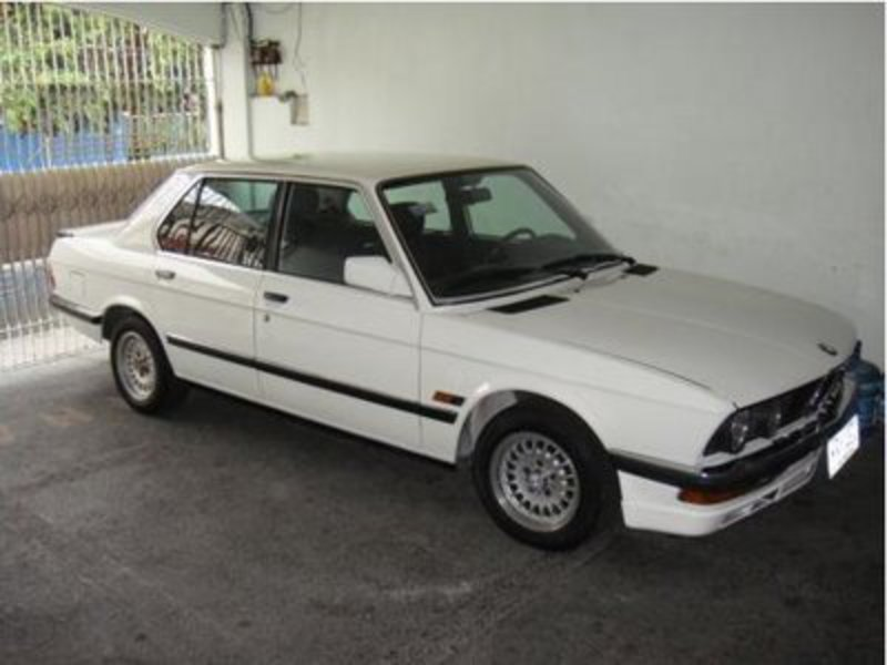 A BMW 528e. This car is for sale (it is not mine, I was thinking about