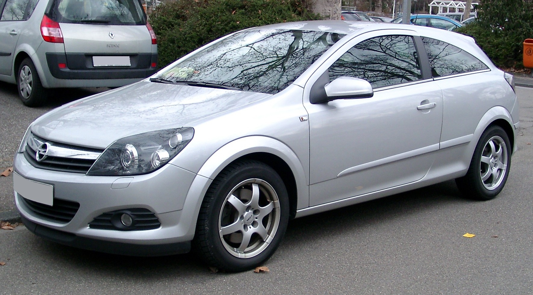 File:Opel Astra H GTC front 20080226.jpg