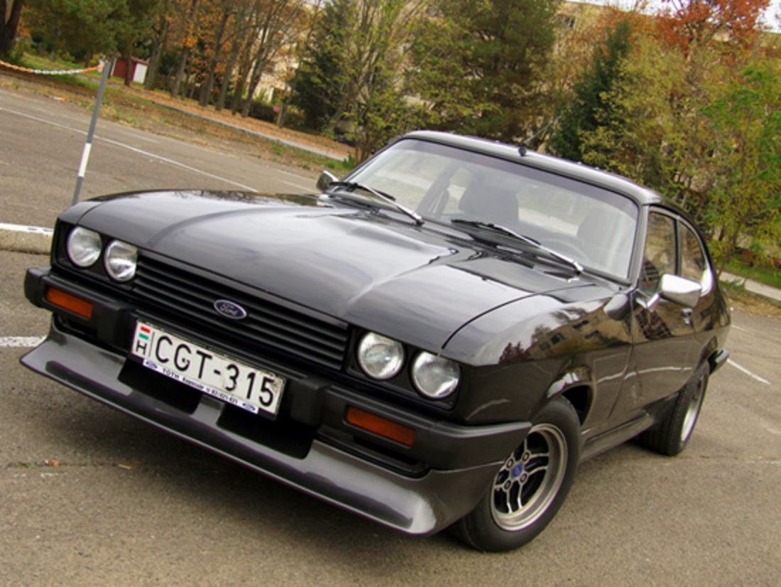 topworldauto photos of ford capri 23 v6 photo galleries. Black Bedroom Furniture Sets. Home Design Ideas