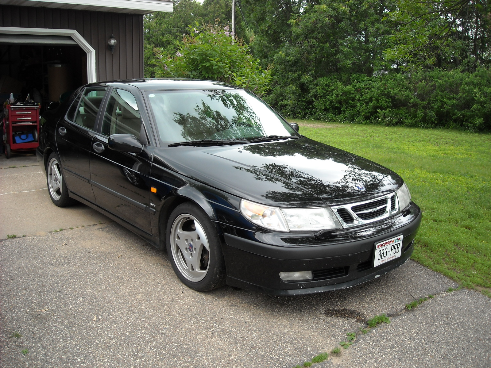 SAAB 9-5 AERO - cars catalog, specs, features, photos, videos, review,