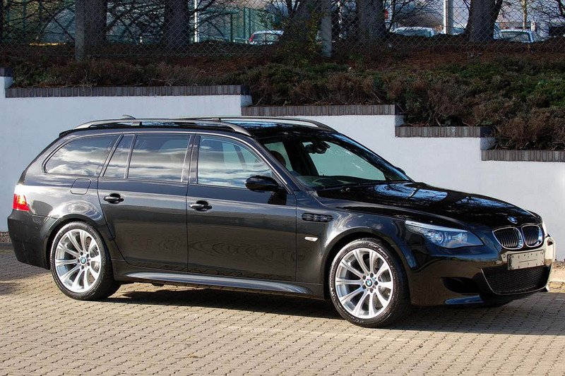 BMW M5 touring pictures