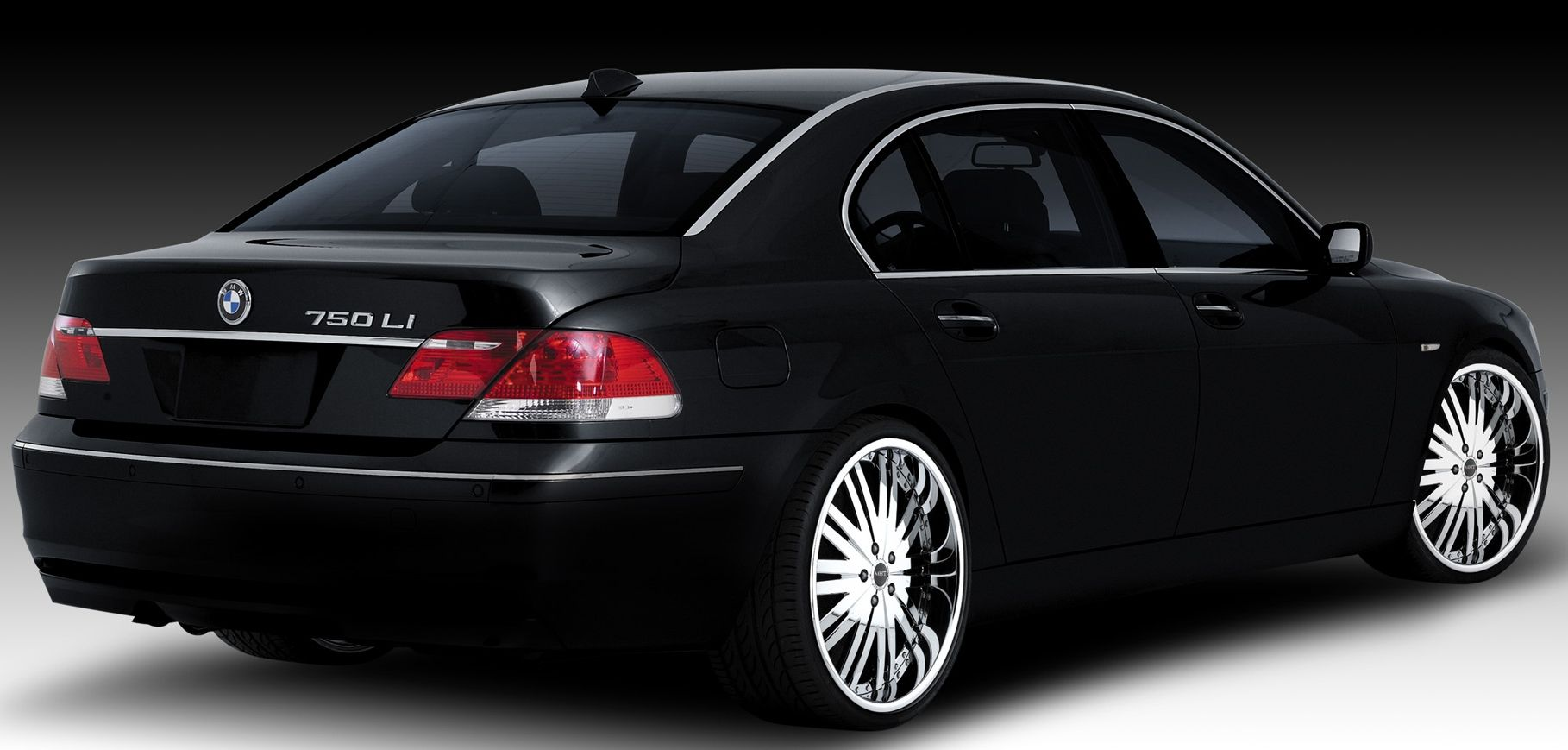 Bmw 750i (5 models) Views - 37999 Rating 31