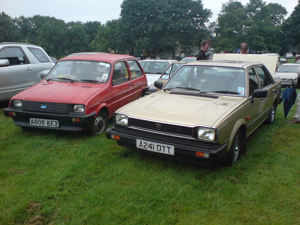 File:Triumph Acclaim.jpg - Wikimedia Commons