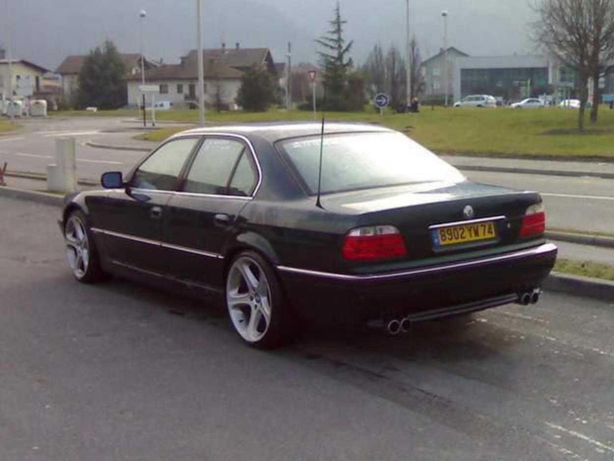 On this page we present you the most successful photo gallery of BMW 730 IA