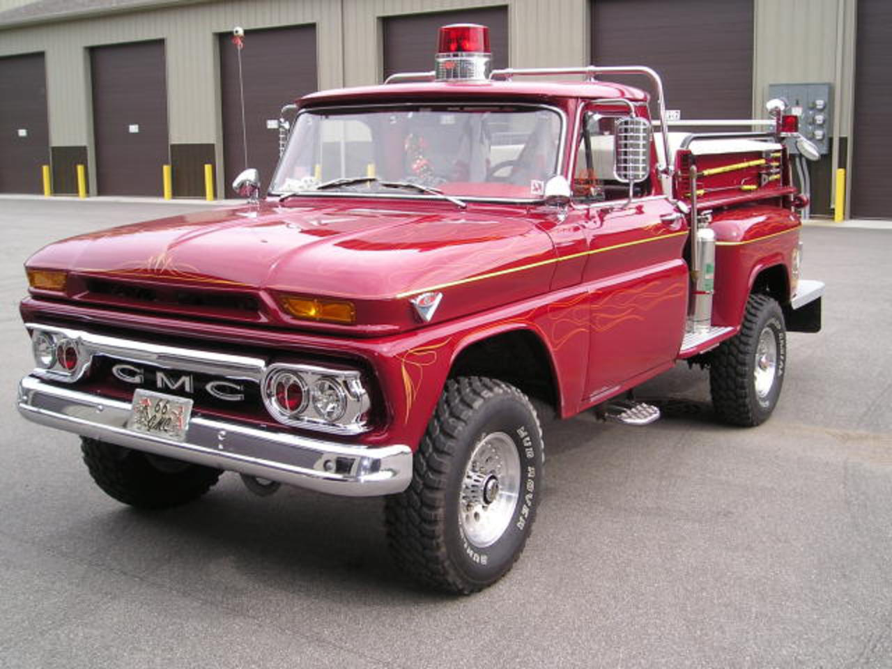 This GMC Fire Truck is super sweet! What do you guys think!