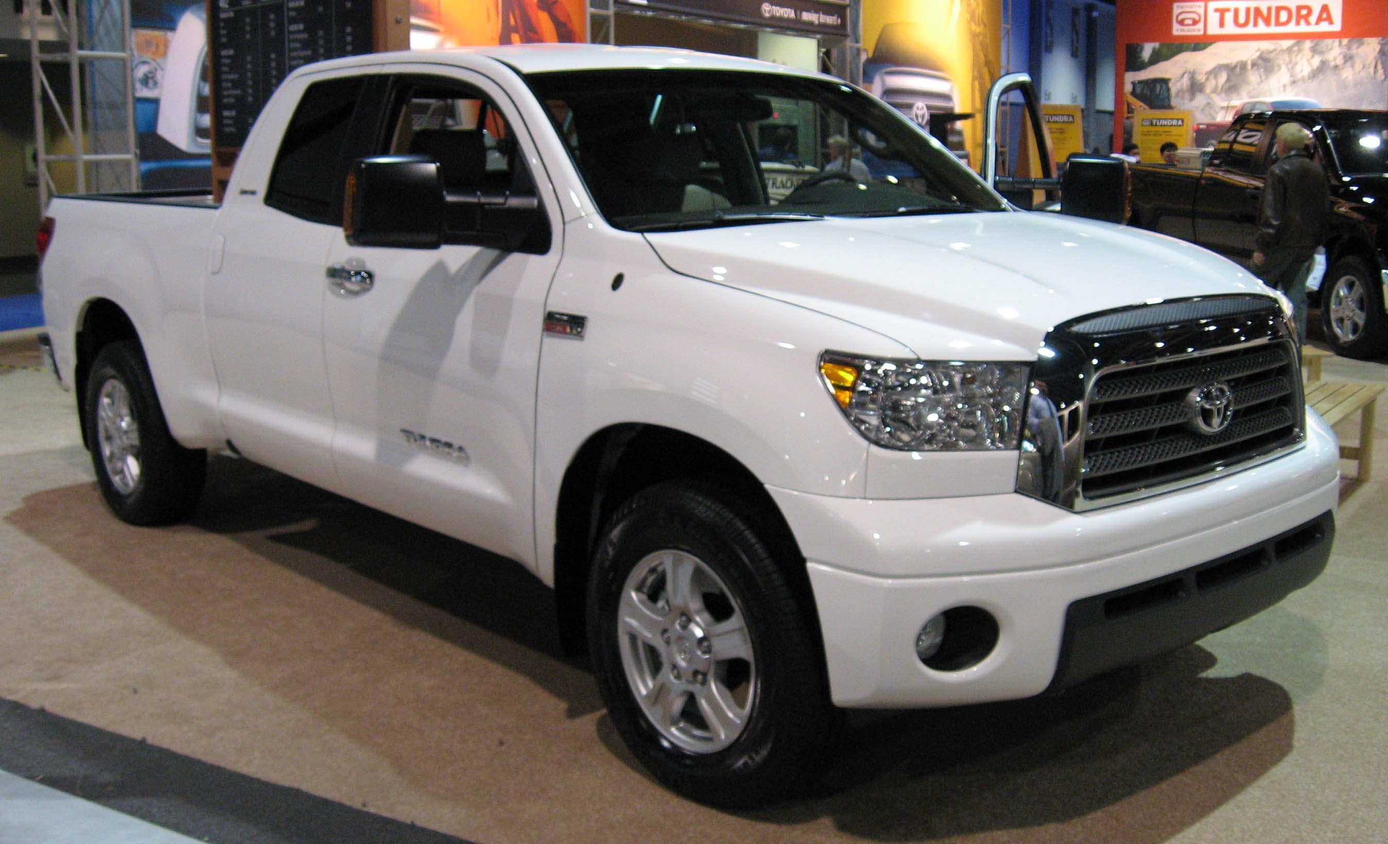 Toyota Тундра белая #8