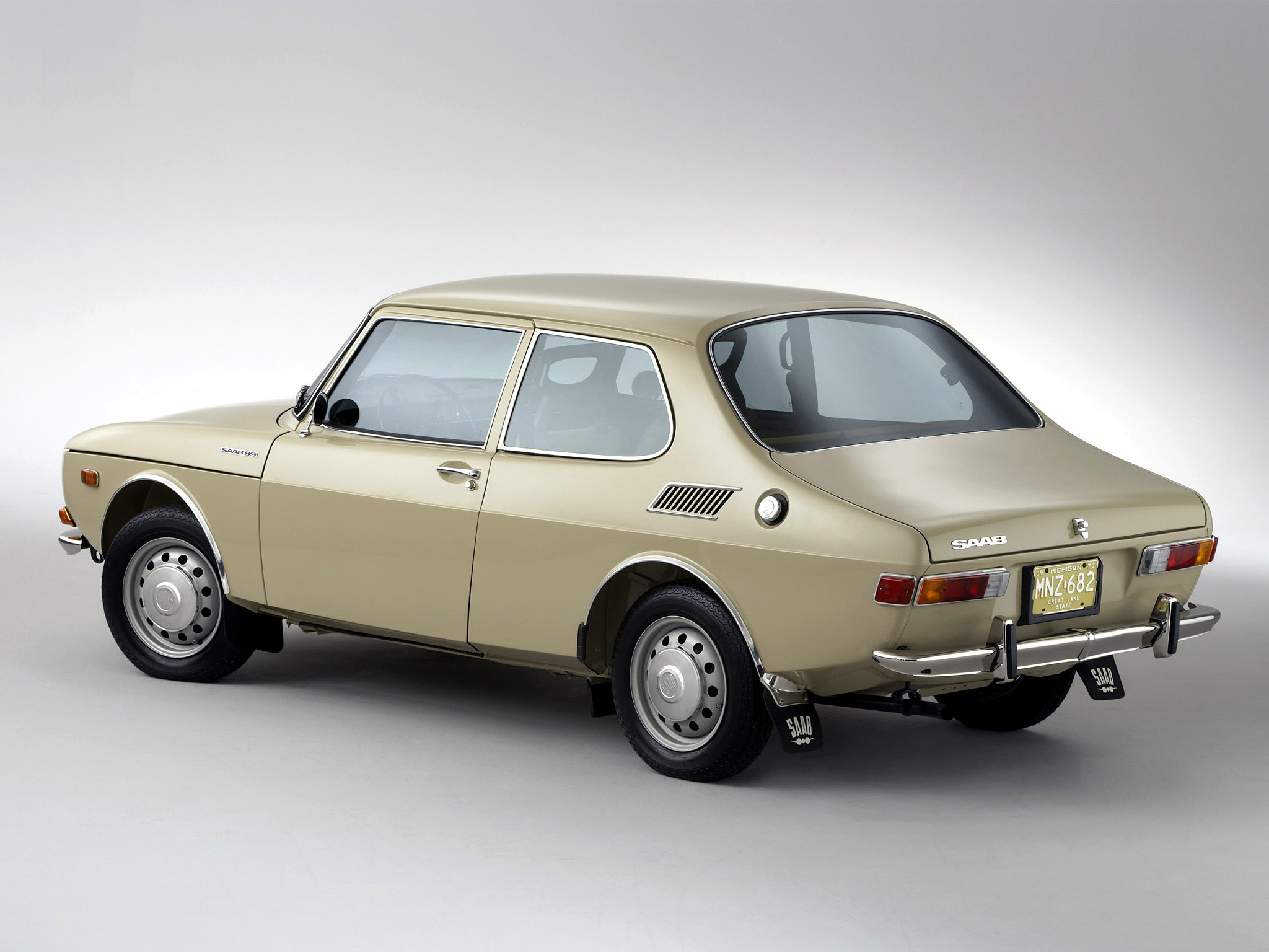 Saab 99 1968 - Mad 4 Wheels