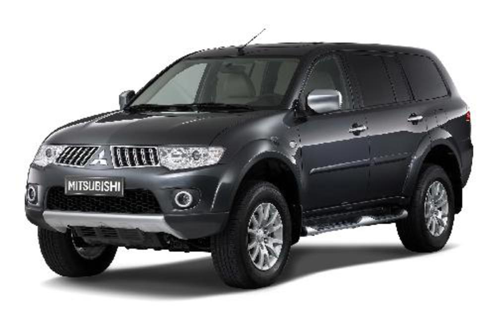 Mitsubishi Pajero Sport SE cars catalog specs features photos