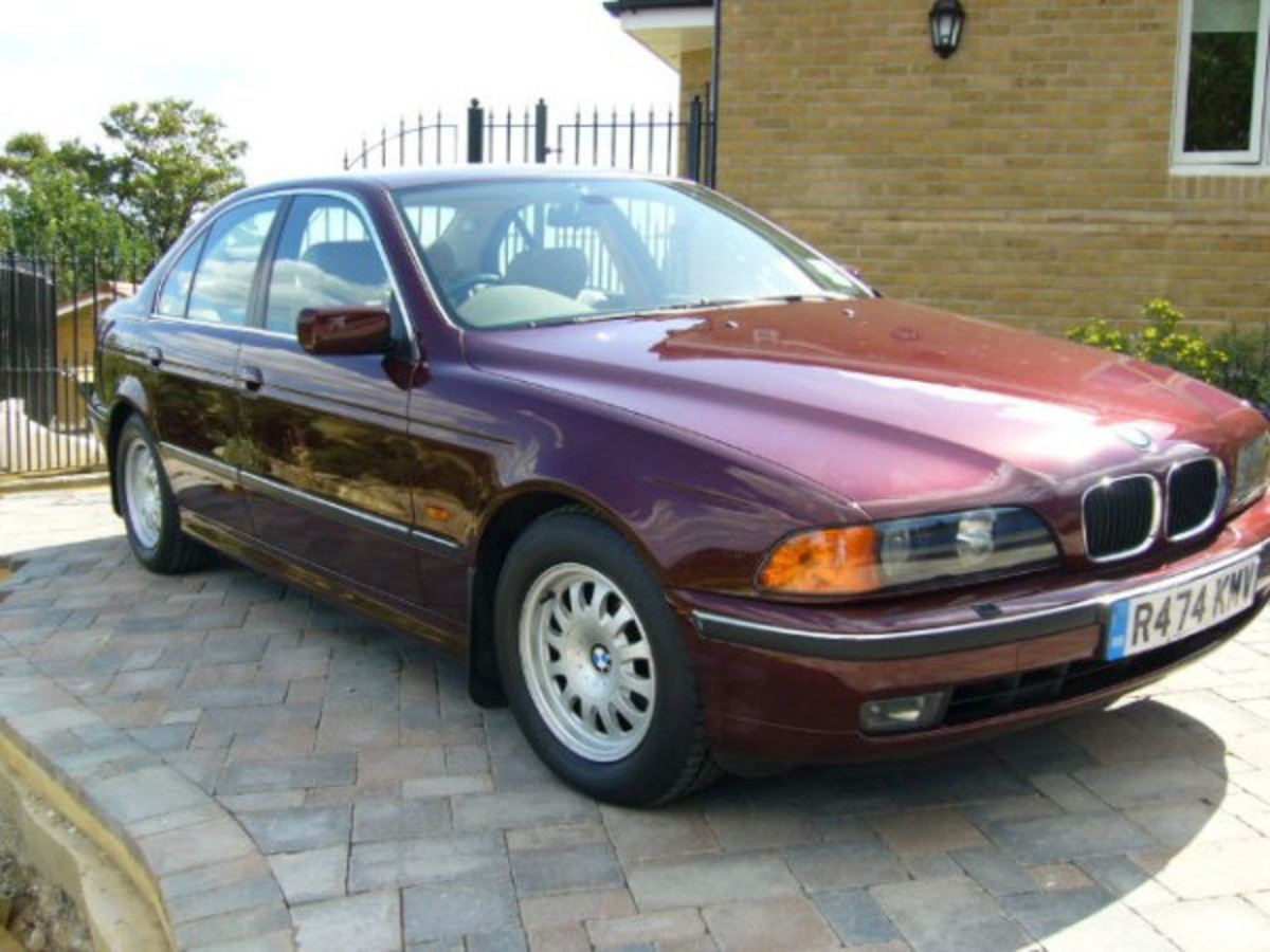 For Sale/BMW 528 Wine Red 600