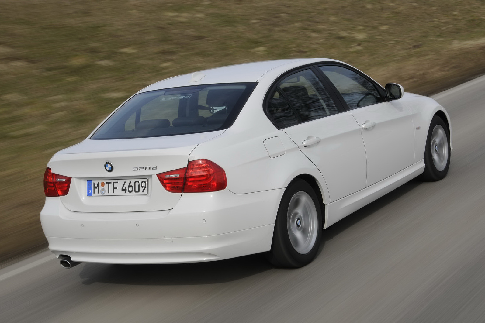 BMW-320d-EfficientDynamics-4. Just as impressive was that the intrepid