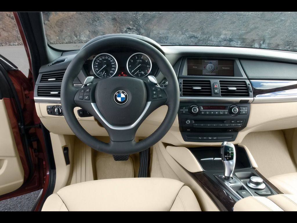 Steering Interior of BMW Upcoming BMW X6 Cars With entertainment features is