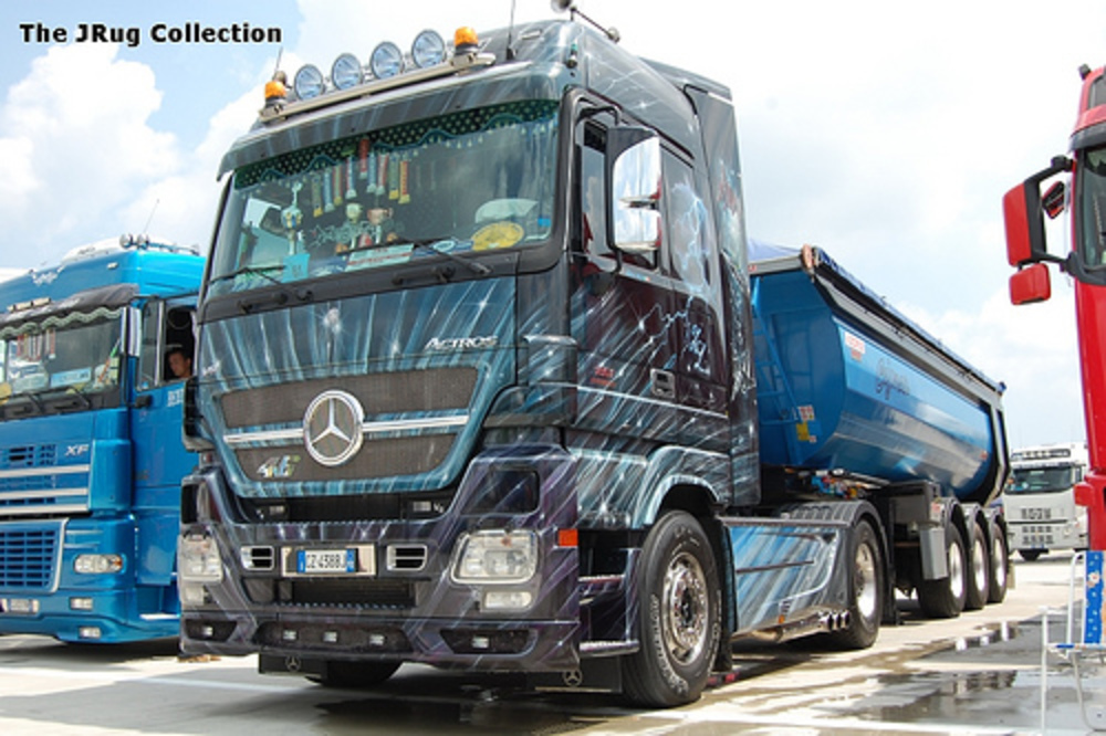 Mercedes-Benz Actros 1861 Black Edition - cars catalog, specs, features,