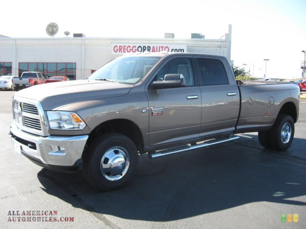 Dodge Ram 3500 Big Horn Edition Crew Cab 4x4 Dually