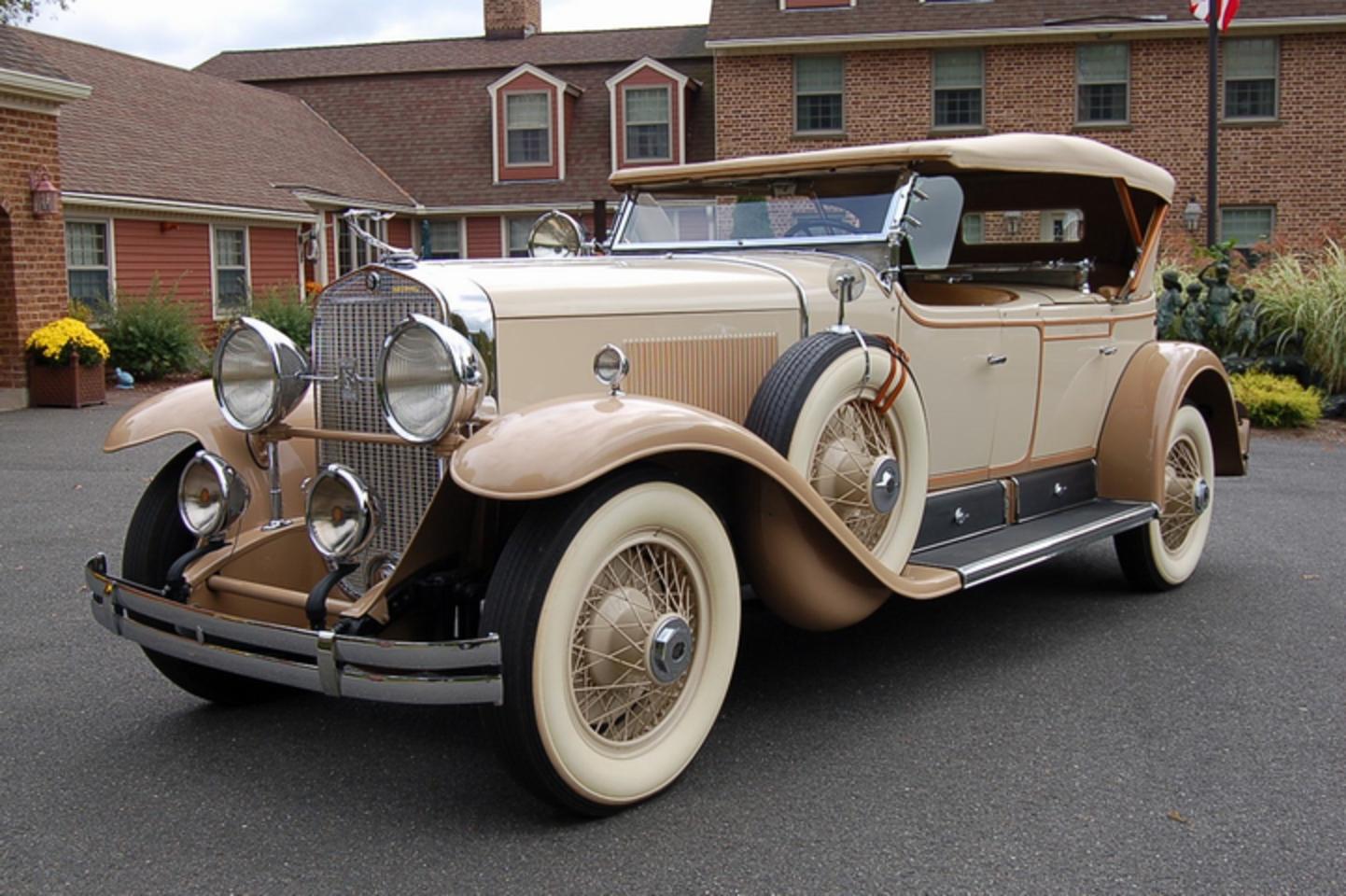 Cadillac: Prestige Cars, SUVs, Sedans, Coupes & Crossovers Cadillac through the years photos