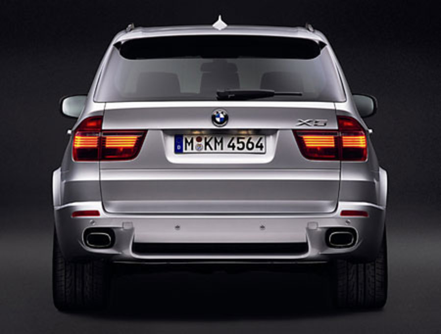BMW X5 3.0i Sports Activity Views 74010