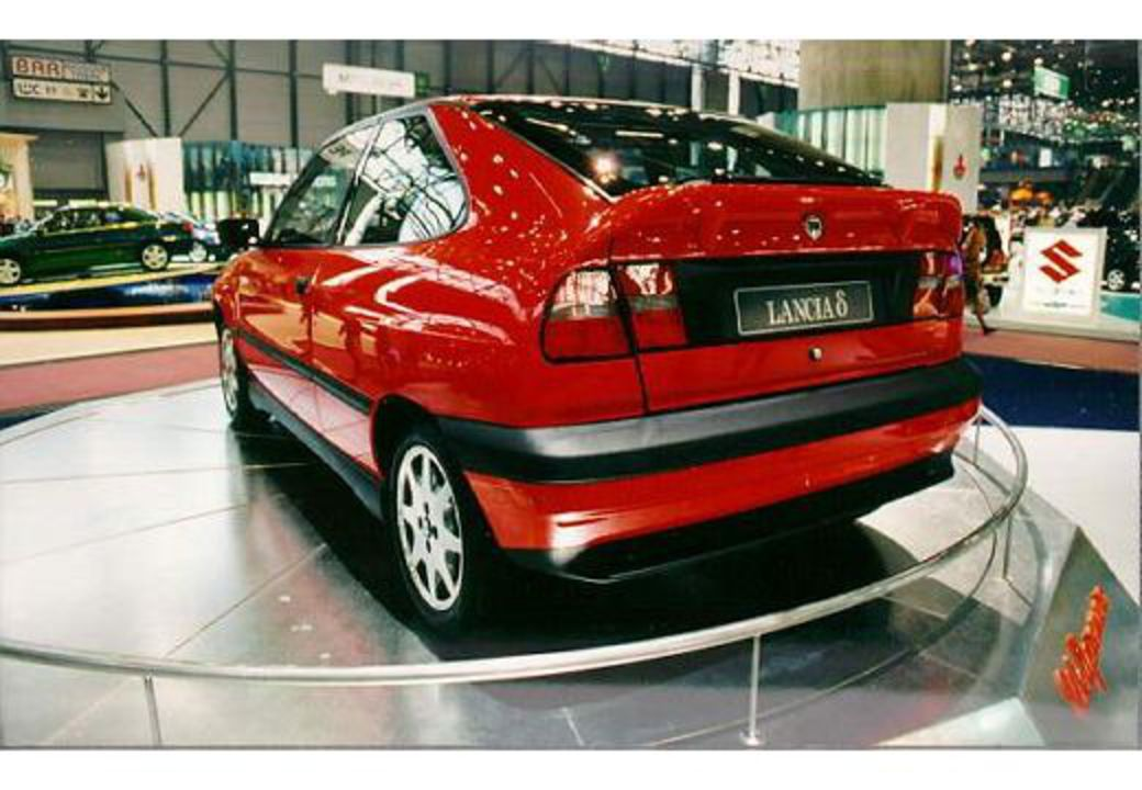 Lancia delta hpe 1.6 (63 comments) Views 17543 Rating 59