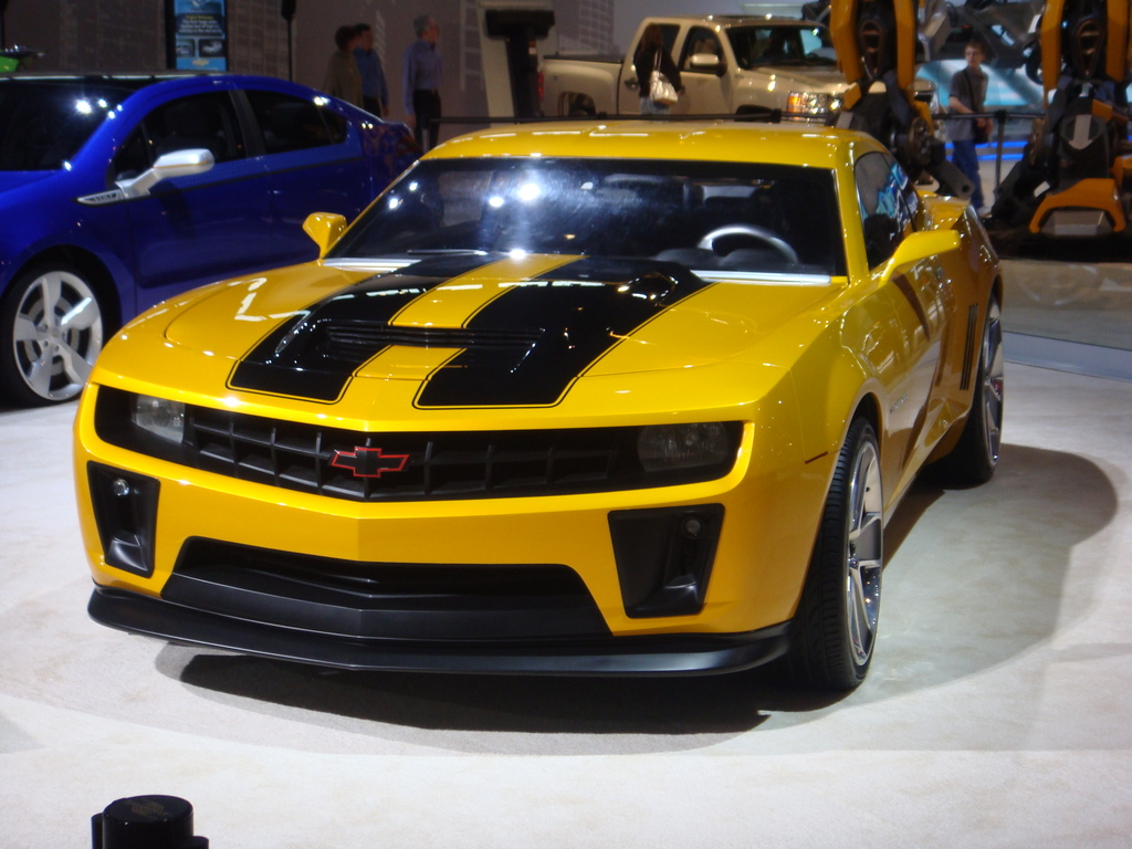 World Of Cars: Chevrolet camaro transformers