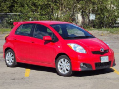 Test Drive: 2010 Toyota Yaris RS hatchback car test drives