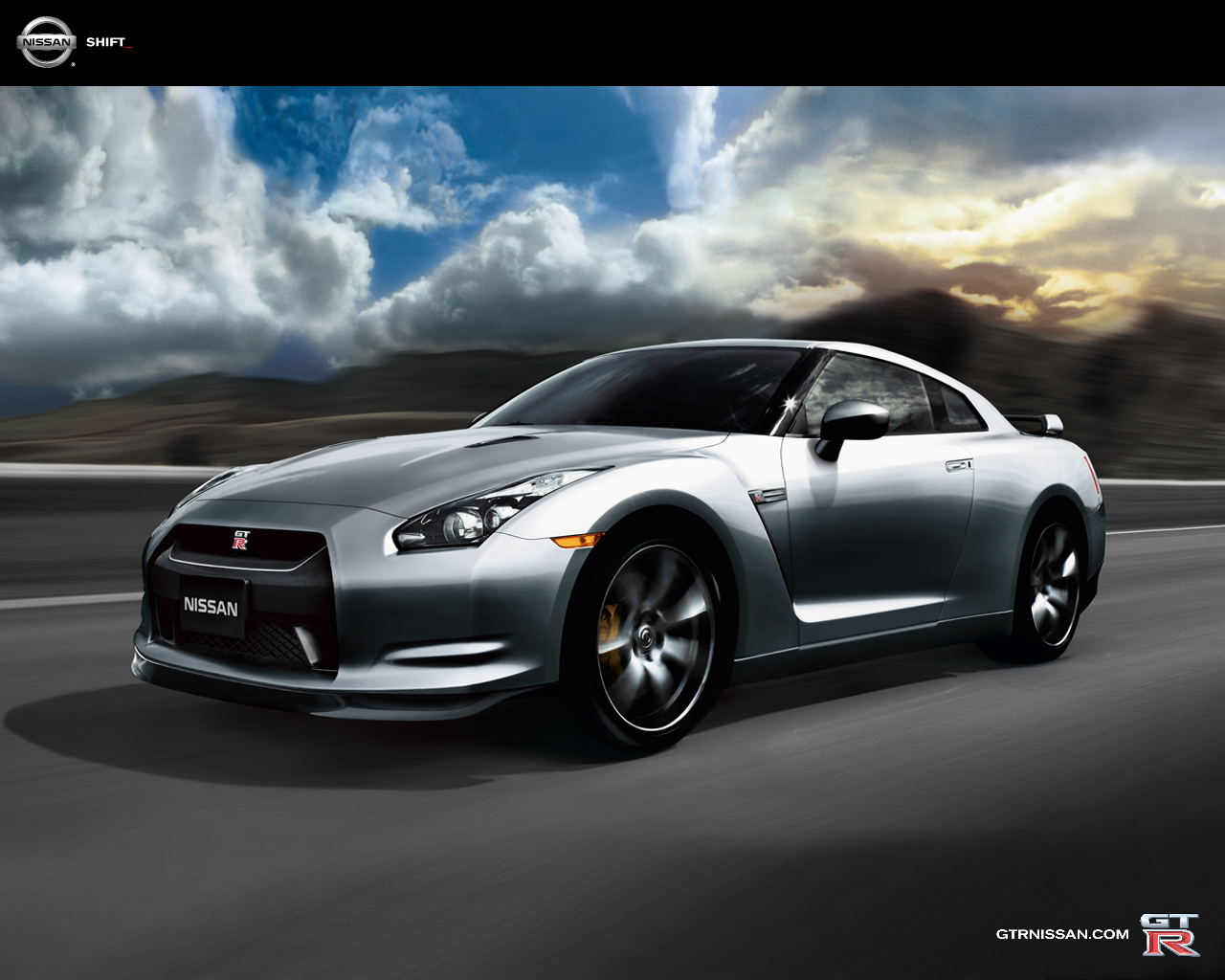 Nissan GT-R For 2011, the GT-R comes in only one trim level.