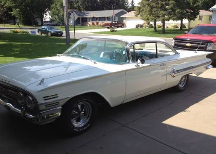 1960 Chevrolet Impala 2DR HT in Co Bluffs, Iowa For Sale