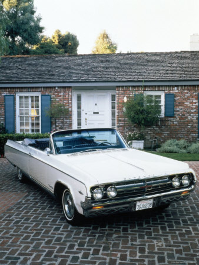 Oldsmobile 98 Starfire conv. View Download Wallpaper. 338x450. Comments