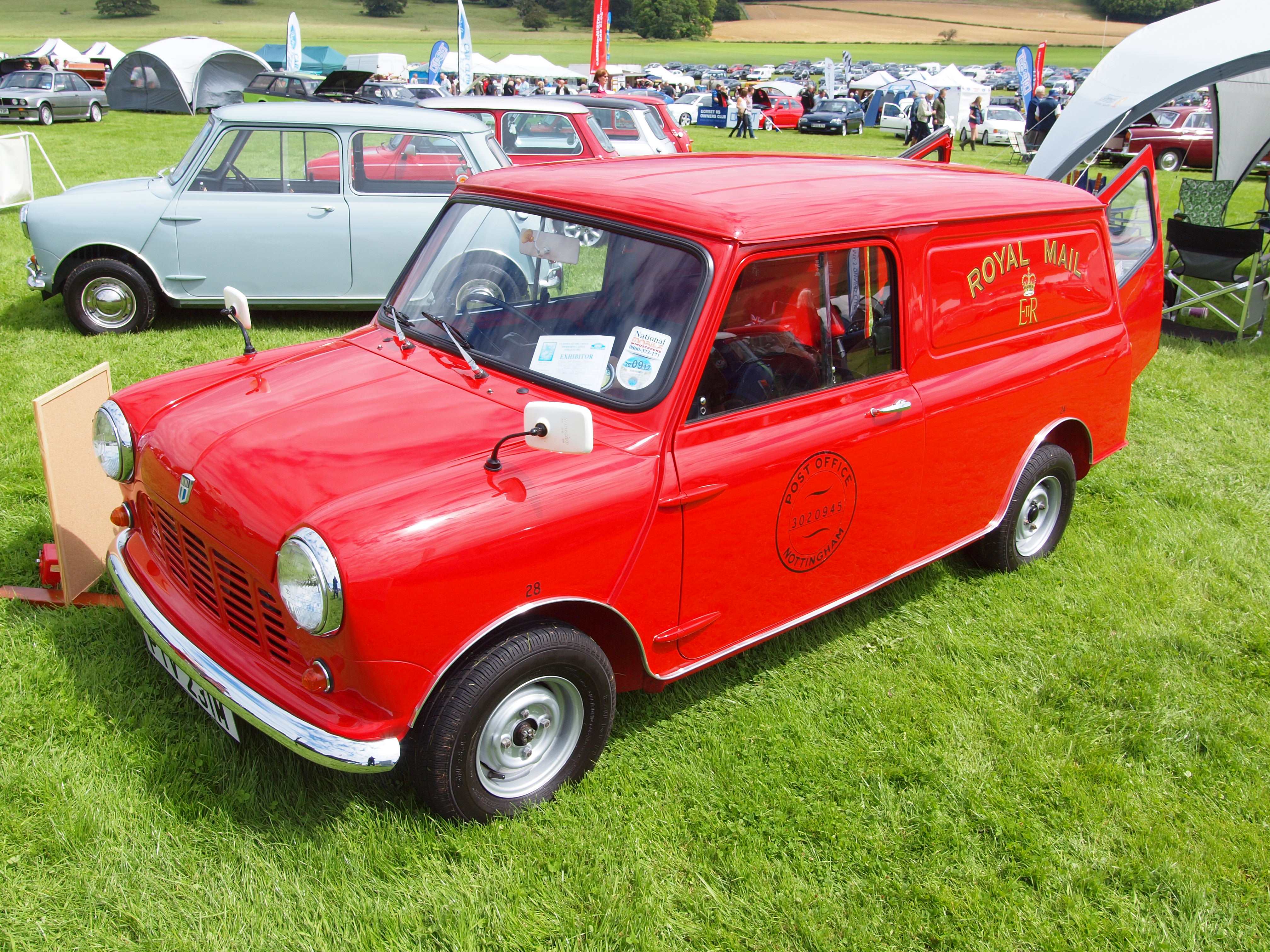 Castle Buick Gmc >> TopWorldAuto >> Photos of Austin Mini Van - photo galleries