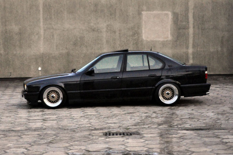 BMW 525i E34 12 Cylinder on Custom 17x11.5 BBS RS. Side view of the e34,