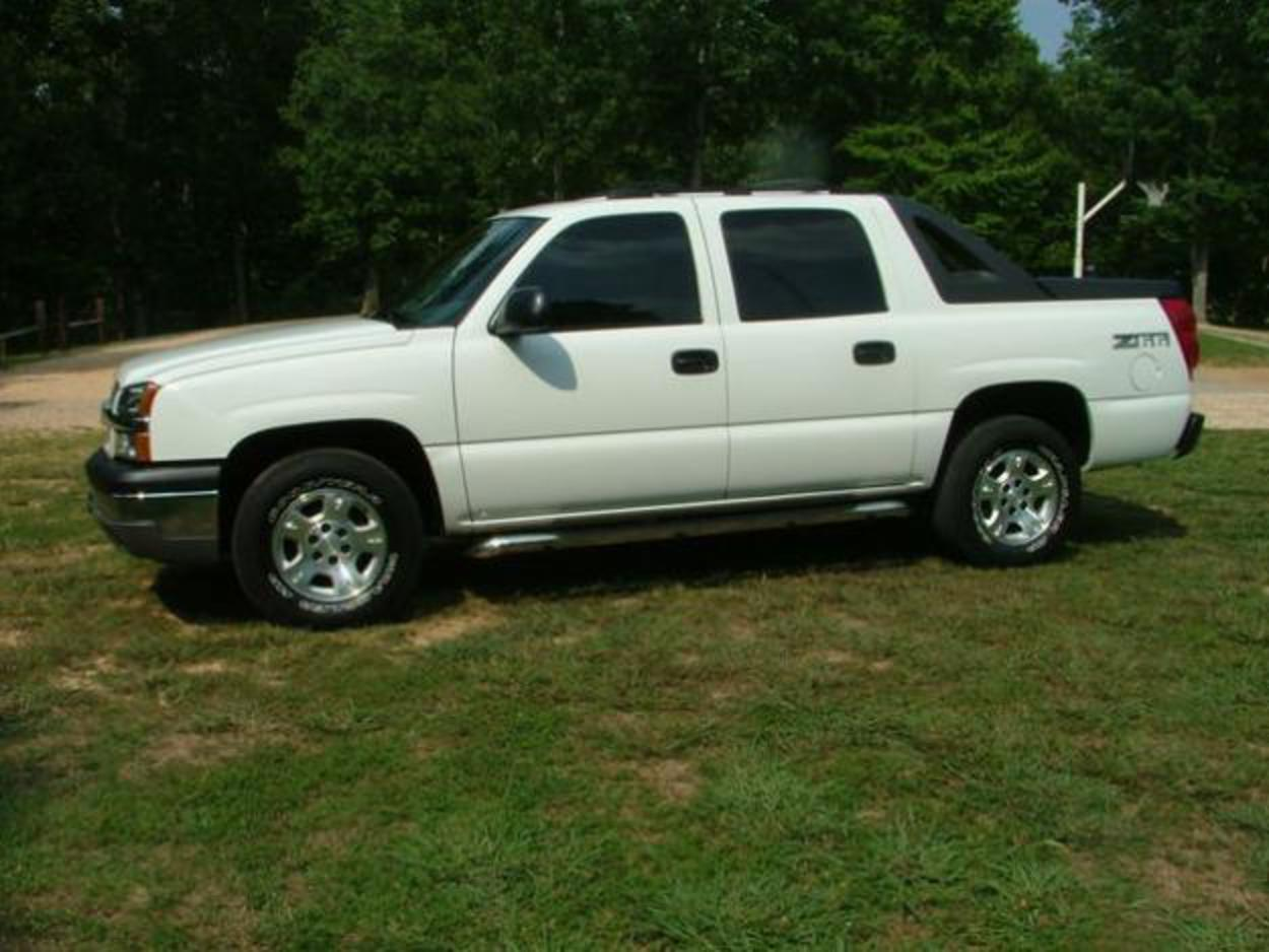 Pictures of 2004 chevrolet avalanche z66