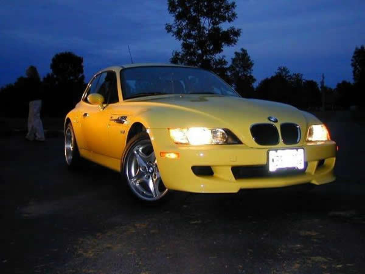 "The BMW M Coupe, nicknamed the ""shoe"", ""clown shoes"", ""Boot"","
