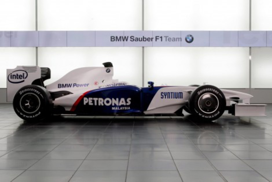 BMW F1.09 - 2009 F1 car (click to enlarge)