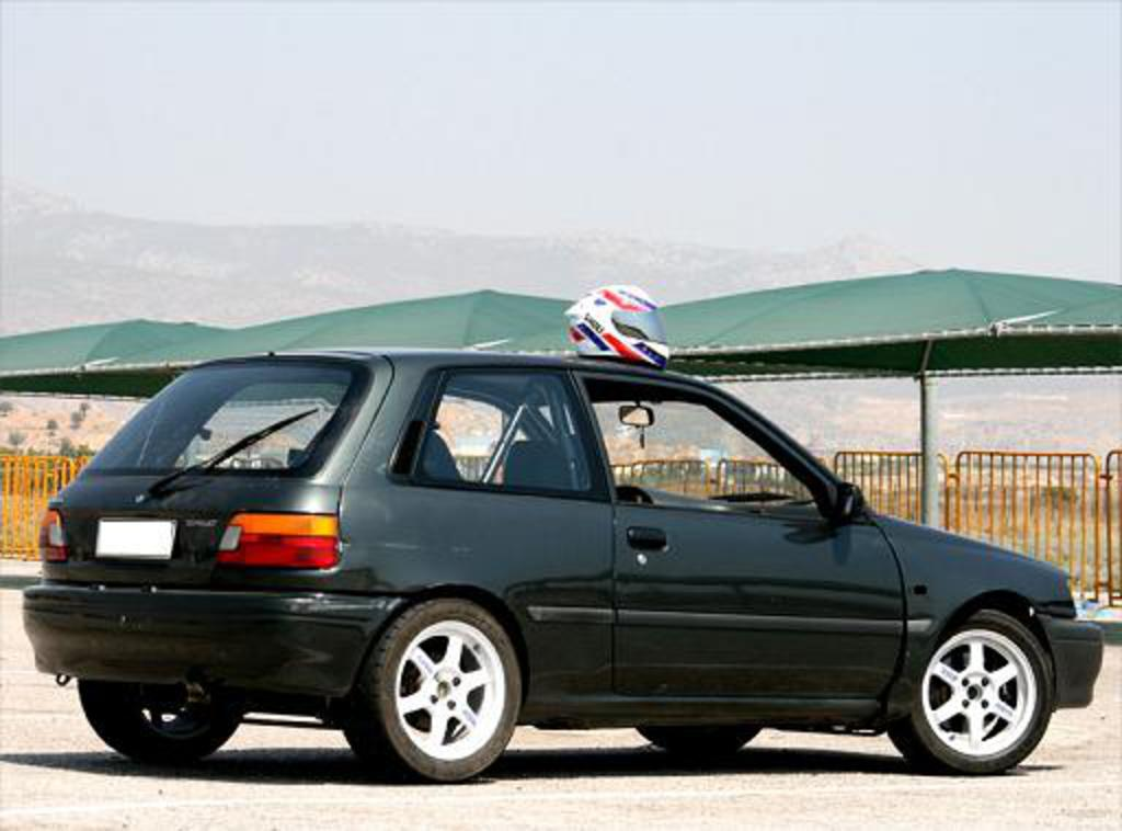 This site is for all Toyota Starlet FWD sporty driving enthusiasts.