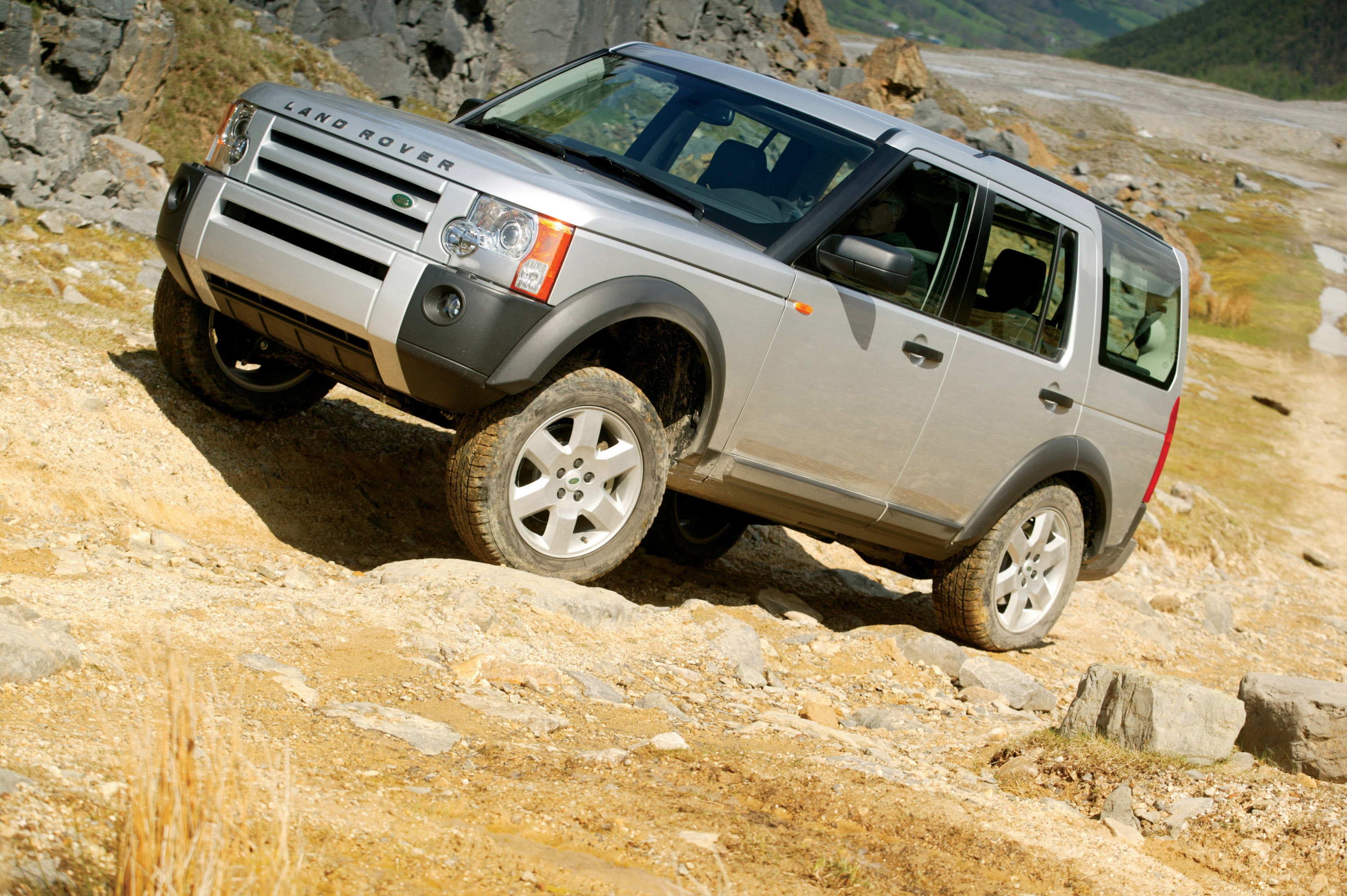 a row Active.com and the Gen-A Network have named the Land Rover LR3 the