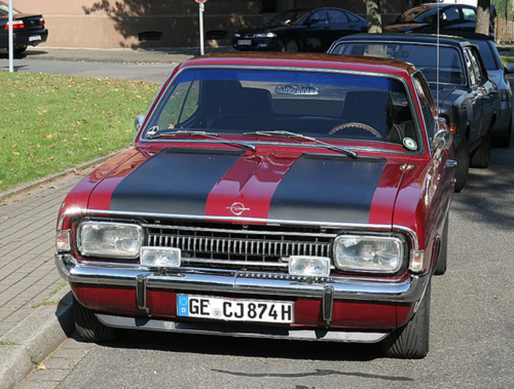 Opel Rekord 1700 Coupe - 1
