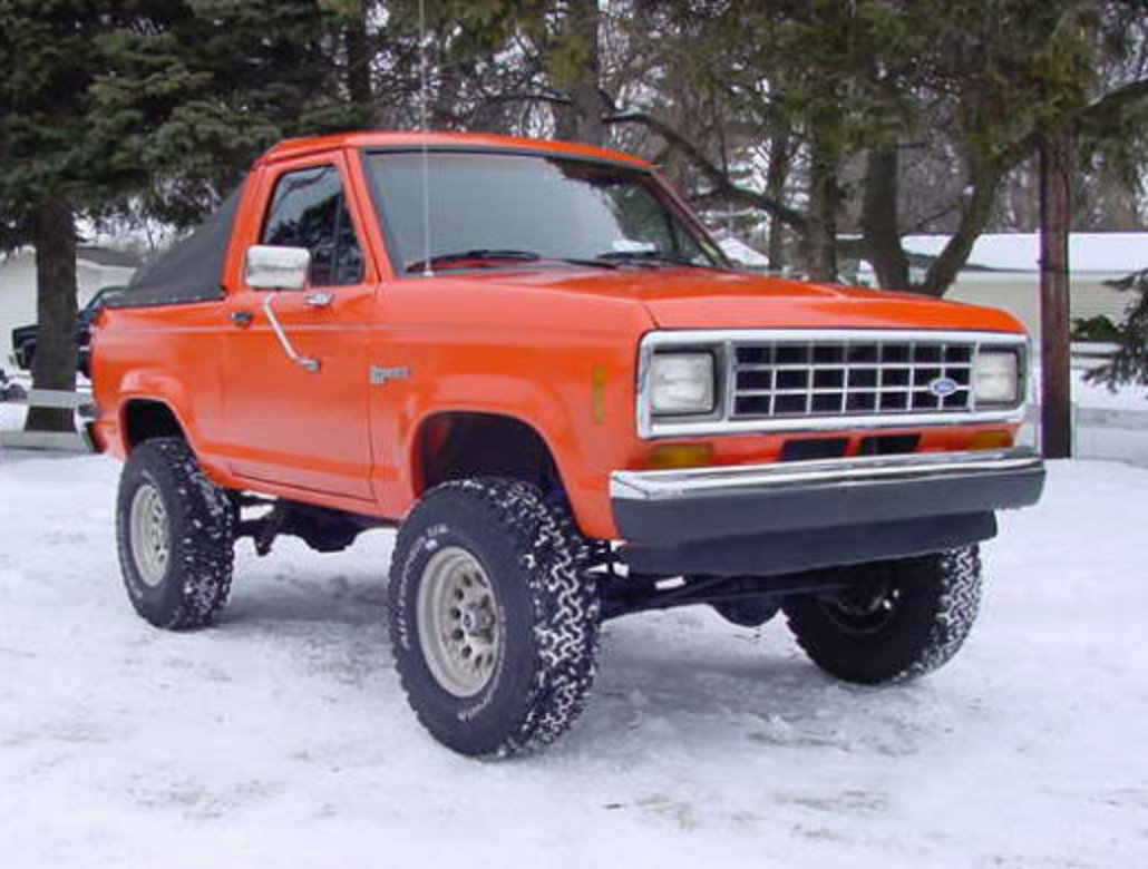 TopWorldAuto >> Photos of Ford Bronco II 4x4 - photo galleries