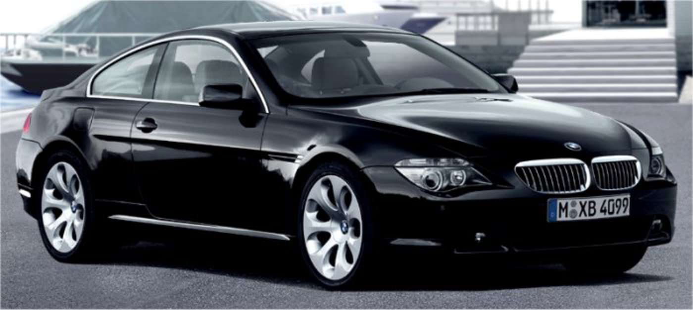 Side View of New BMW 6 Series 640d Coupe 2012 Cars Top speed is 250 Kmph and
