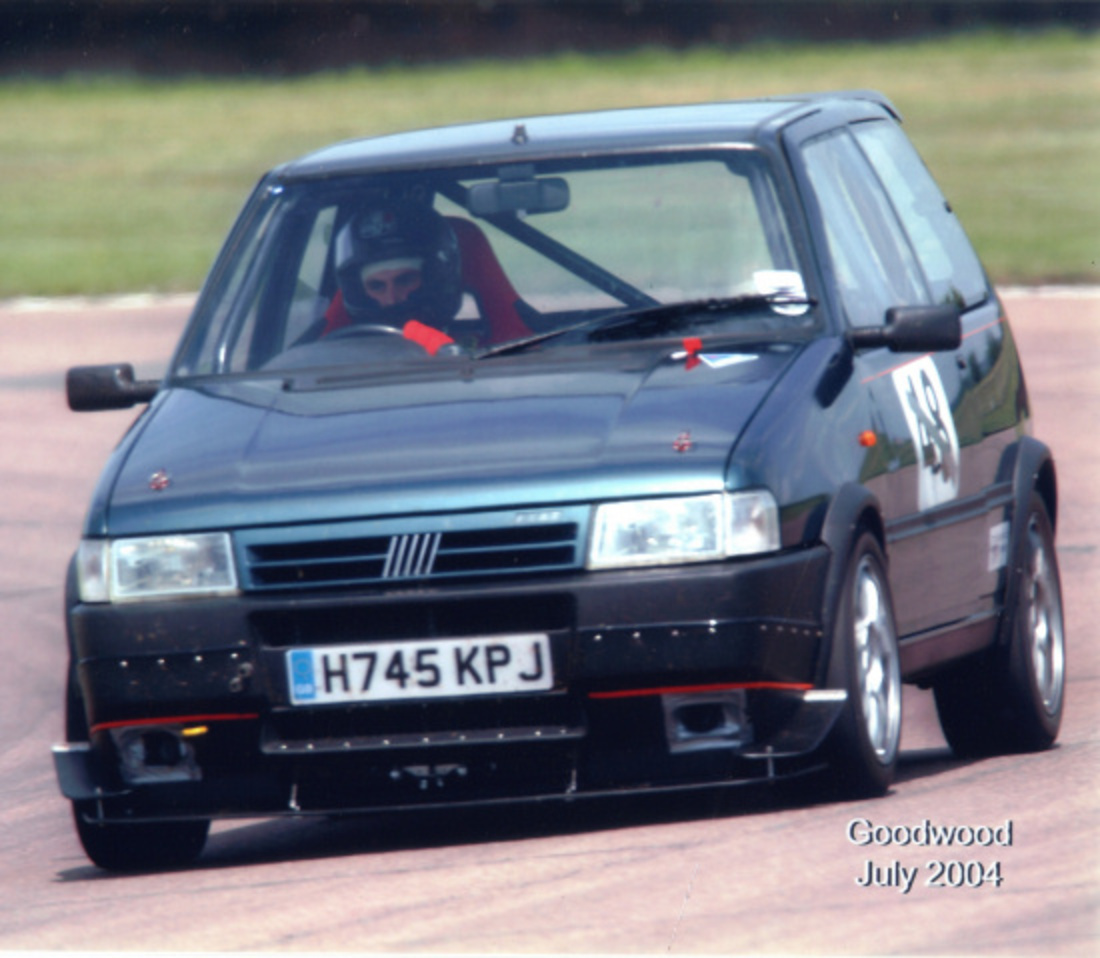 Fiat uno turbo (324 comments) Views 36302 Rating 69