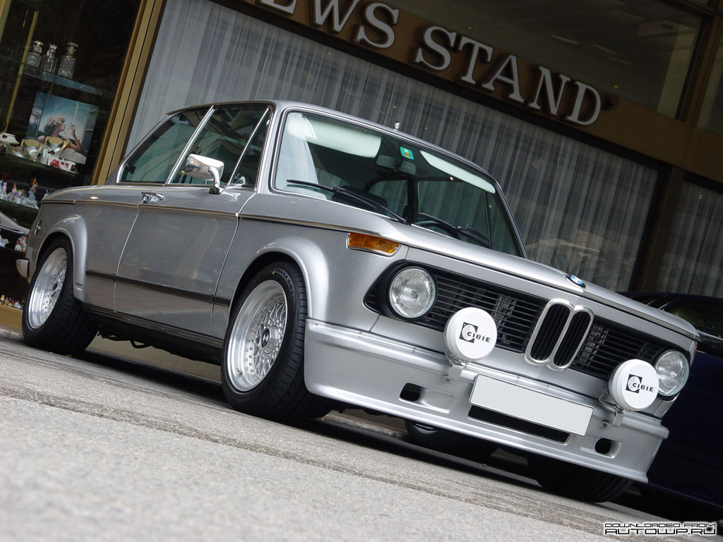 You can vote for this BMW 2002 Turbo photo