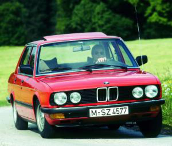 BMW 524 td. View Download Wallpaper. 300x254. Comments