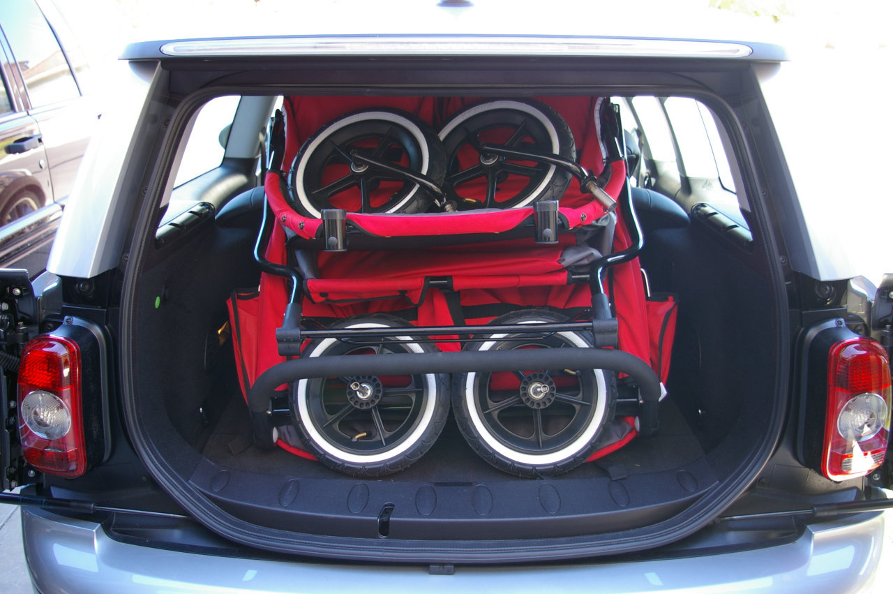 2008 MINI Cooper Clubman with double stroller