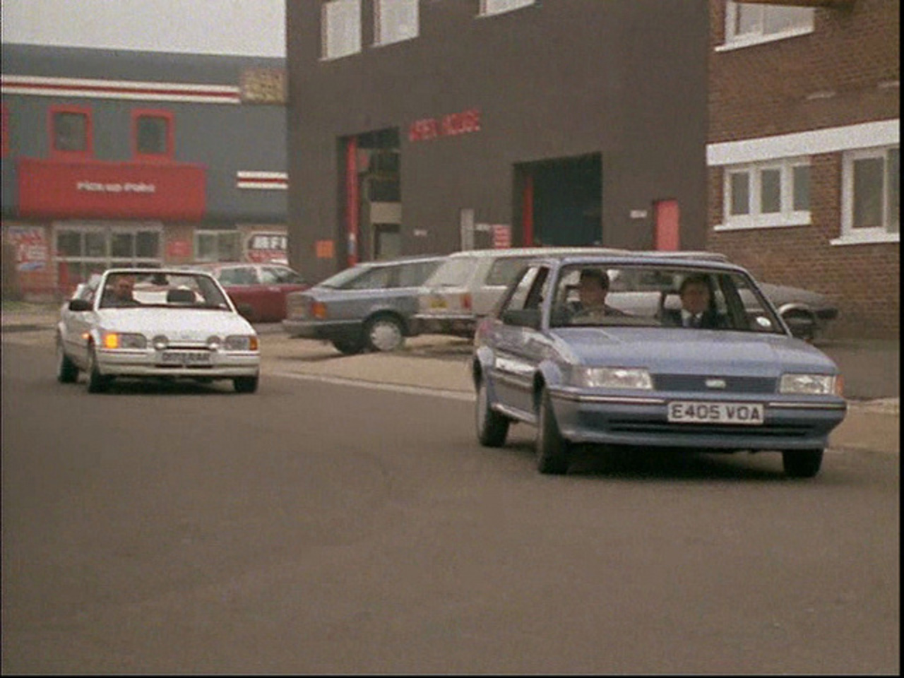 1988 Austin Montego 1.3 L and 1986 Ford Escort XR3i Cabriolet ...