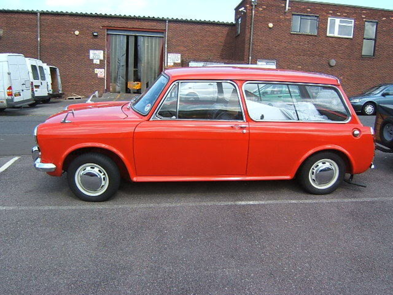 Austin 1300 Countryman - a gallery on Flickr