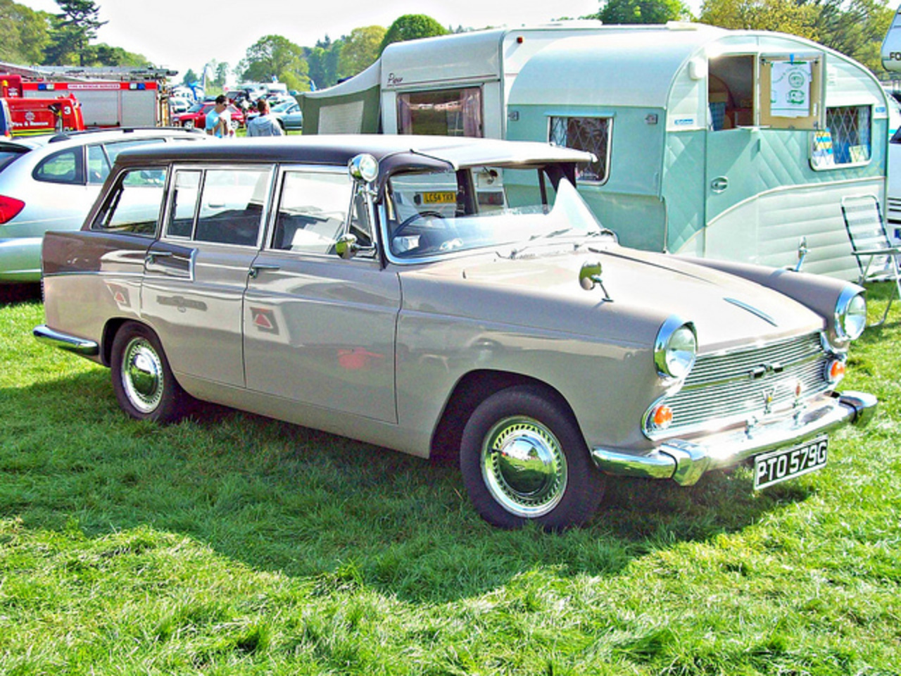 44 Austin A60 Estate (1968) | Flickr - Photo Sharing!