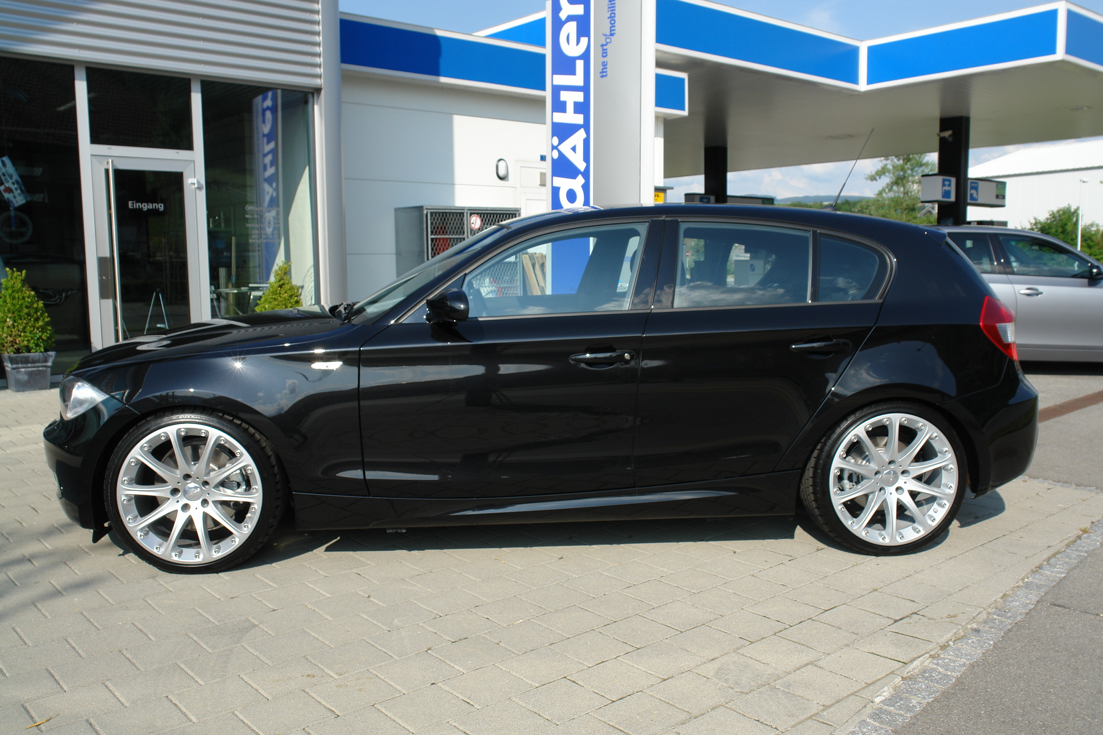 BMW 130i ~ All Cars in The World