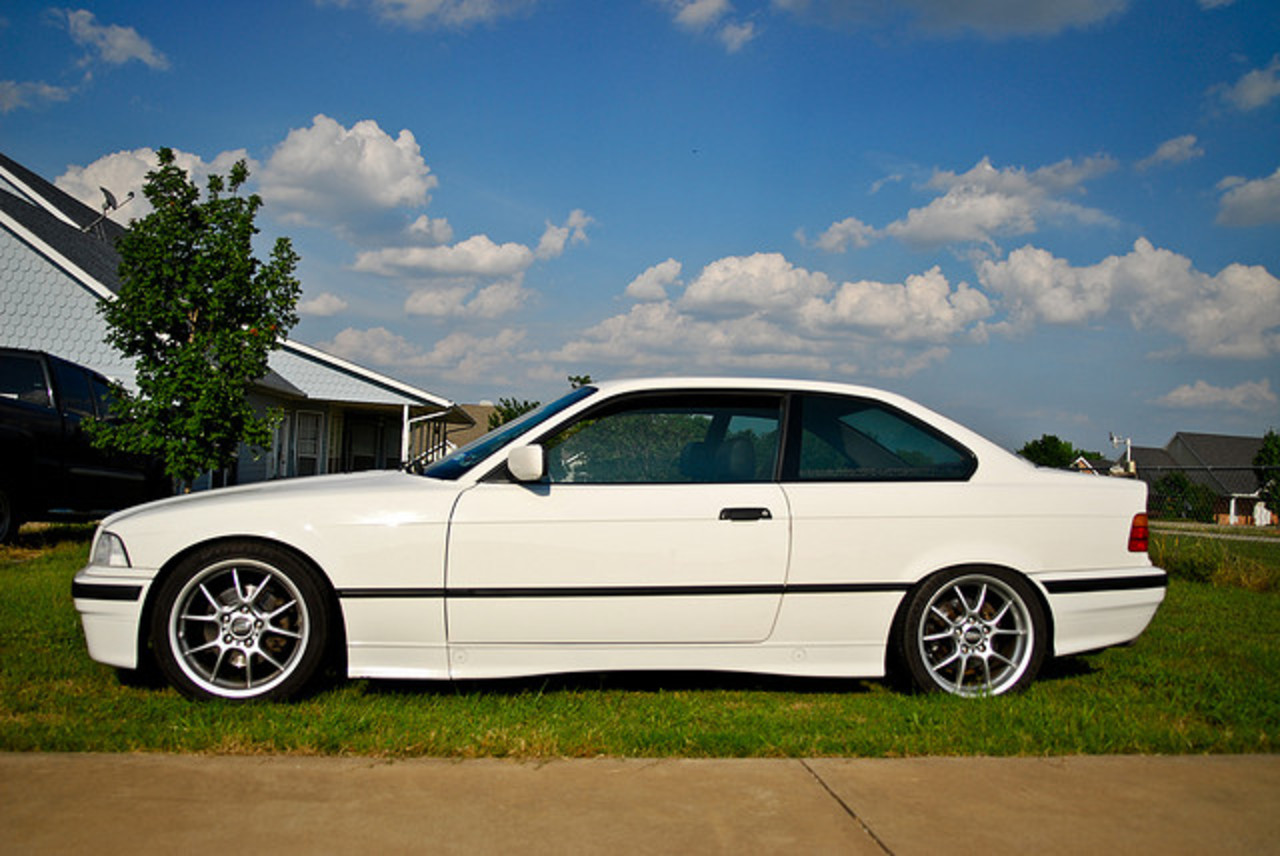 1992 BMW 318is 325,000 miles | Flickr - Photo Sharing!