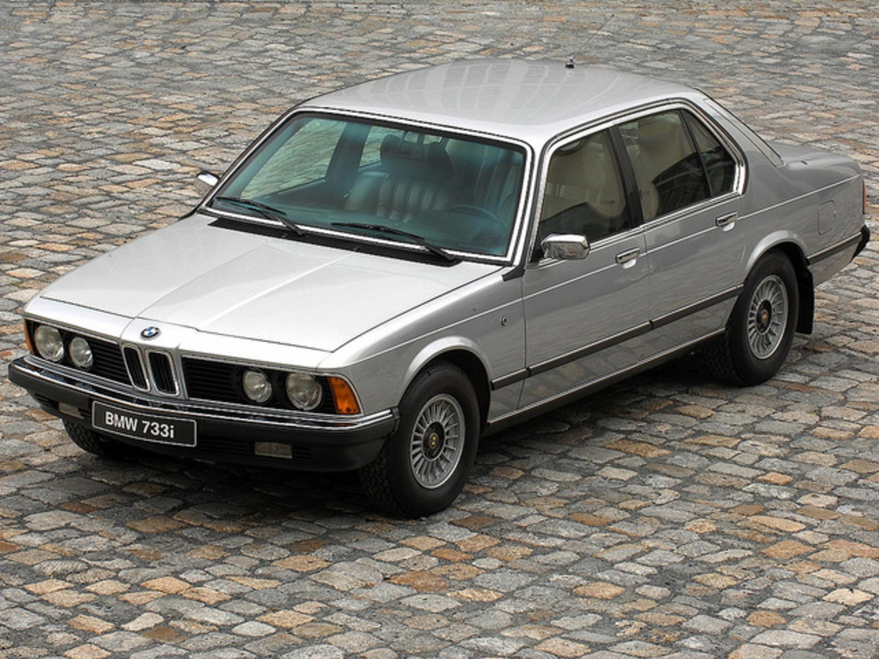 Topworldauto Photos Of Bmw 733i Photo Galleries 1983 E23 Car Electrical Wiring Diagram Security Flickr Sharing