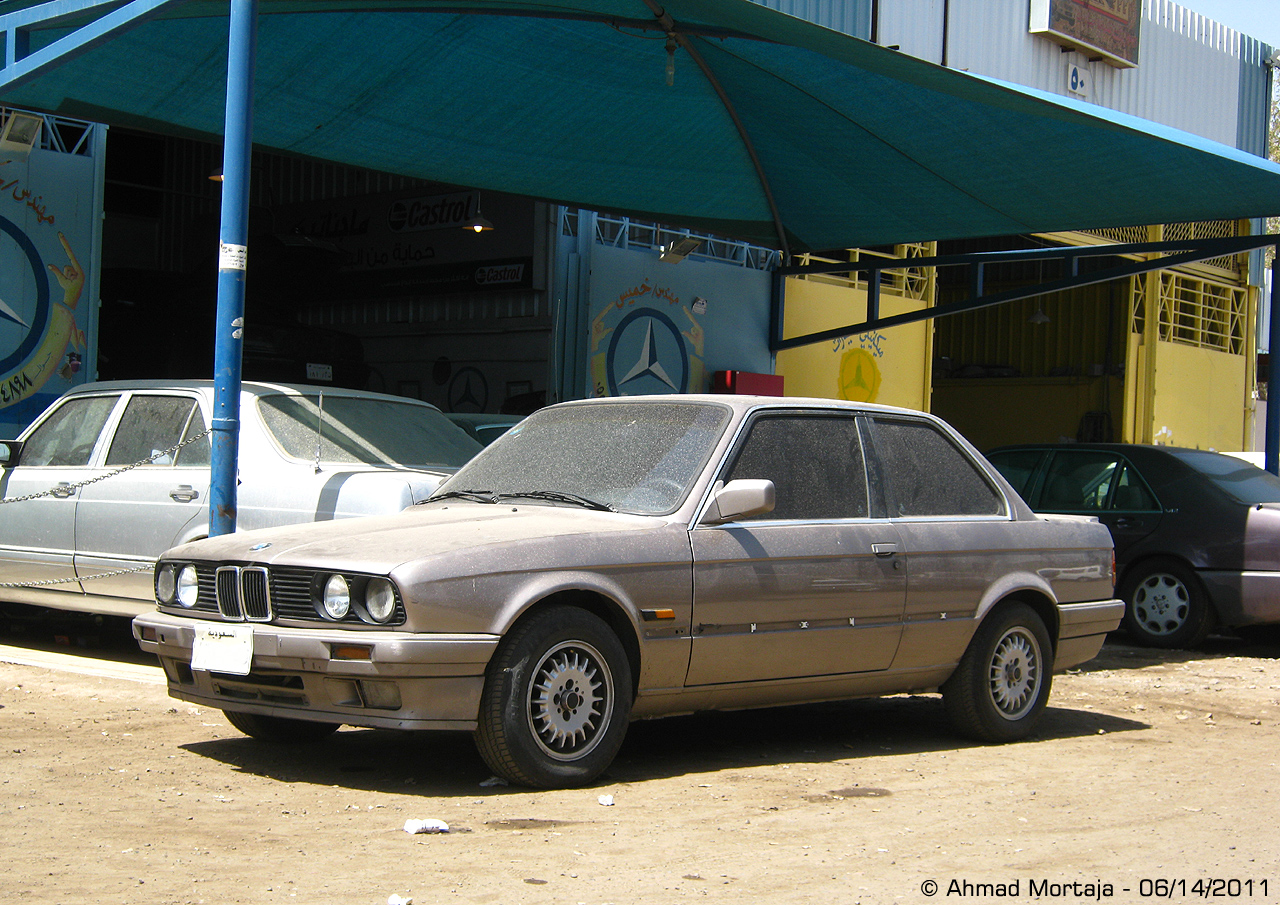 BMW 320i Coupe (E30) | Flickr - Photo Sharing!